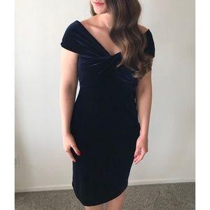 Zara Dresses - Navy Velvet Zara Semi Formal Dress
